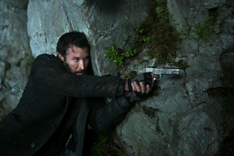 Falling Skies Renewed for Season 4 by TNT