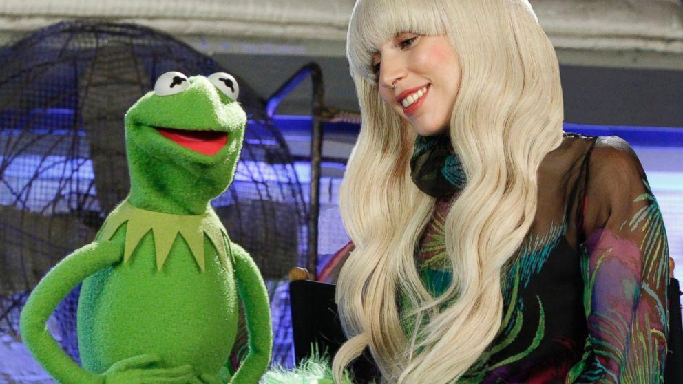 ABC_lady_gaga_muppets_1_jt_131017_16x9_992